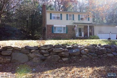 29 LARCHMONT Drive, West Milford, NJ 07421 - MLS#: 1849275