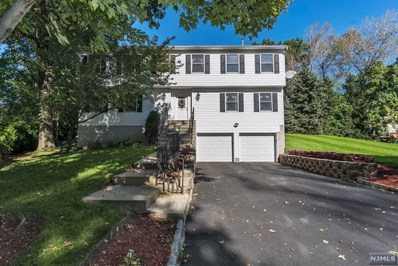 38 BLUEBELL Court, Paramus, NJ 07652 - MLS#: 1900476