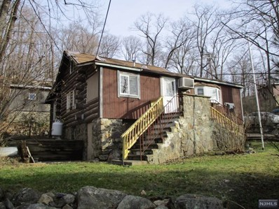 19 CLUBHOUSE Avenue, West Milford, NJ 07480 - MLS#: 1900596