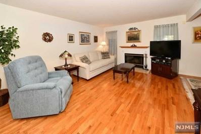 8 BRADSHAW Court, Hillsdale, NJ 07642 - MLS#: 1901247