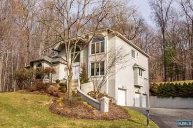 401 CROCUS Hill, Norwood, NJ 07648 - MLS#: 1903392