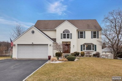 4 DE YOUNG Drive, Little Falls, NJ 07424 - MLS#: 1905748
