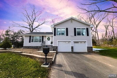 32 STANDISH Road, Hillsdale, NJ 07642 - MLS#: 1907829