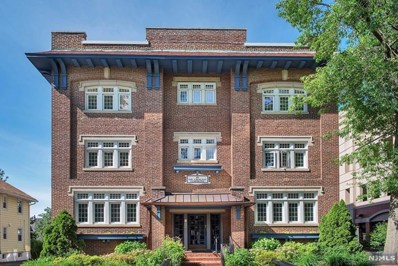 15 THE CRESCENT, Montclair, NJ 07042 - MLS#: 1926526