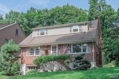 25 HILLVIEW Terrace, Glen Rock, NJ 07452 - MLS#: 1934370