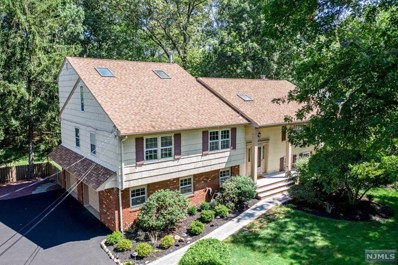 490 COUDERT Place, Wyckoff, NJ 07481 - MLS#: 1939816