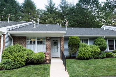 57 Boxwood Terrace UNIT 165, Red Bank, NJ 07701 - MLS#: 21922553