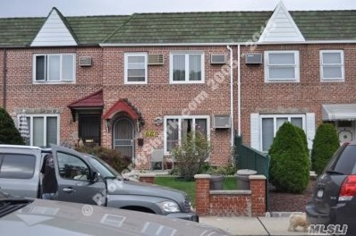 61-27 78th St, Middle Village, NY 11379 - MLS#: 3011930