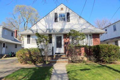 100 S 11th St, New Hyde Park, NY 11040 - MLS#: 3028786