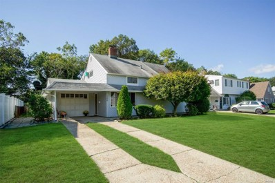 196 Willowood Dr, Wantagh, NY 11793 - MLS#: 3070623