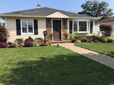 2435 Willoughby Ave, Seaford, NY 11783 - MLS#: 3084991