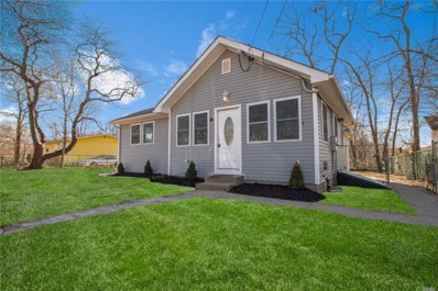 90 Carlton Ave, Mastic, NY 11950 - MLS#: 3102135