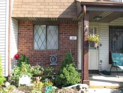 22 Cambridge Dr, Copiague, NY 11726 - #: 3150697