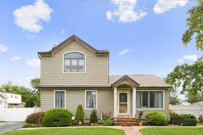 55 Lenox, W. Babylon, NY 11704 - MLS#: 3159806