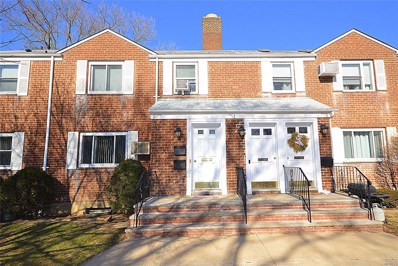 260-61 75th Ave, Glen Oaks, NY 11004 - MLS#: 3194429