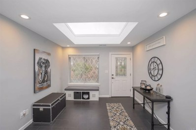 332 Clubhouse Ct, Coram, NY 11727 - MLS#: 3195329