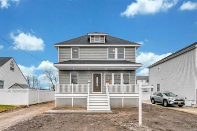 9 Walnut Pl, Lindenhurst, NY 11757 - MLS#: 3198166