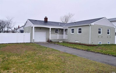200 E Hampton Rd, Lindenhurst, NY 11757 - MLS#: 3198387