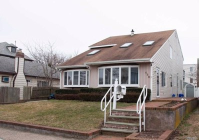 456 E Market St, Long Beach, NY 11561 - MLS#: 3200168