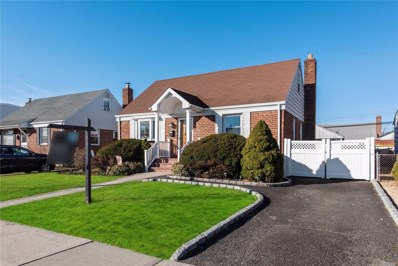 58 Combes Ave, Hicksville, NY 11801 - MLS#: 3200955