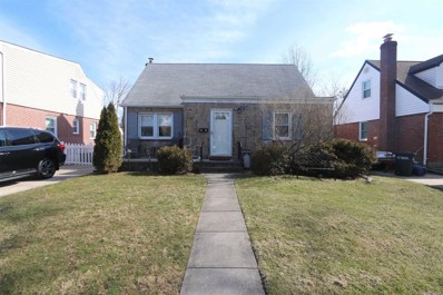 28 Brisbane St, New Hyde Park, NY 11040 - MLS#: 3203846