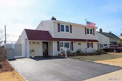 35 Sprucewood Dr, Levittown, NY 11756 - MLS#: 3204969