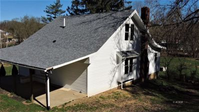 8 Town St, Glouster, OH 45732 - #: 2425792