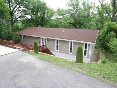 690 BERKSHIRE Lane, Cincinnati, OH 45220 - #: 1599517