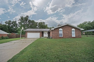 573 ROBINDALE Drive, Waynesville, OH 45068 - #: 1635687