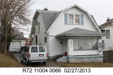221 E Siebenthaler Avenue, Dayton, OH 45405 - #: 788706