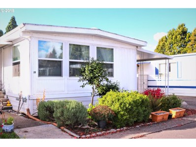 1800 Lakewood Ct UNIT 19, Eugene, OR 97402 - MLS#: 18006523