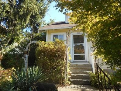 9717 N Smith St, Portland, OR 97203 - MLS#: 18035215