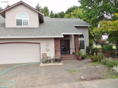560 NW Willamette Ct, McMinnville, OR 97128 - MLS#: 18072284