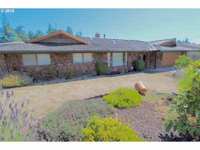 2357 Pine, North Bend, OR 97459 - MLS#: 18085855