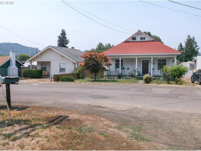 1062 NE Post St, Roseburg, OR 97470 - MLS#: 18086959