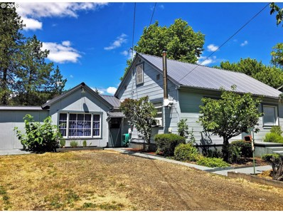 3044 NE Douglas Ave, Roseburg, OR 97470 - MLS#: 18105300