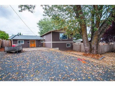 225 S 19TH St, St. Helens, OR 97051 - MLS#: 18105826