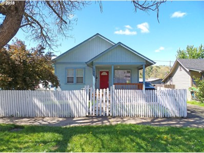 1426 SE Cobb St, Roseburg, OR 97470 - MLS#: 18107085