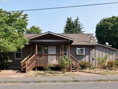 8305 SE Schiller St, Portland, OR 97266 - #: 18107805