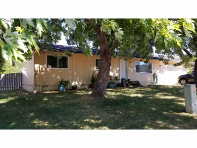 234 Kermanshah St, Roseburg, OR 97471 - MLS#: 18135458