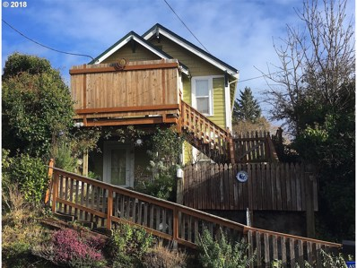 1716 5th St, Astoria, OR 97103 - MLS#: 18223742