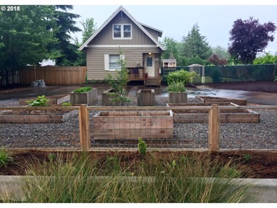 684 SW Hensley Rd, Troutdale, OR 97060 - MLS#: 18235374