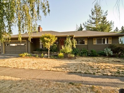 300 E 5TH St, Newberg, OR 97132 - MLS#: 18243323