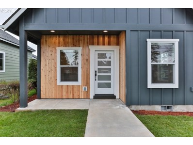 114 Pine St, St. Helens, OR 97051 - MLS#: 18269148