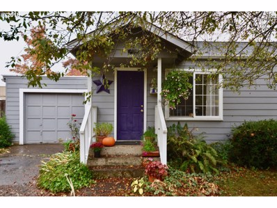 1107 S 8TH St, Cottage Grove, OR 97424 - MLS#: 18282200