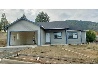 928 NE Leon Ave, Myrtle Creek, OR 97457 - MLS#: 18334278