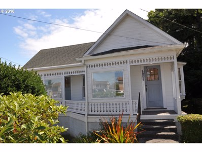 2137 Harrison St, North Bend, OR 97459 - MLS#: 18431547