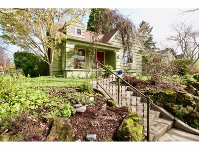 1907 NE Ridgewood Dr, Portland, OR 97212 - MLS#: 18473985