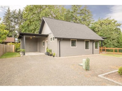 824 SW Collard St, McMinnville, OR 97128 - MLS#: 18490216