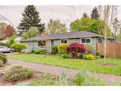 686 NW 11TH St, McMinnville, OR 97128 - MLS#: 18492916